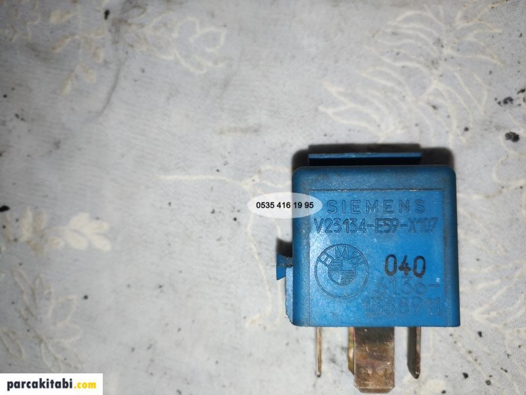 bmw-e34-mavi-role-6136-1388911-ayrica-e32