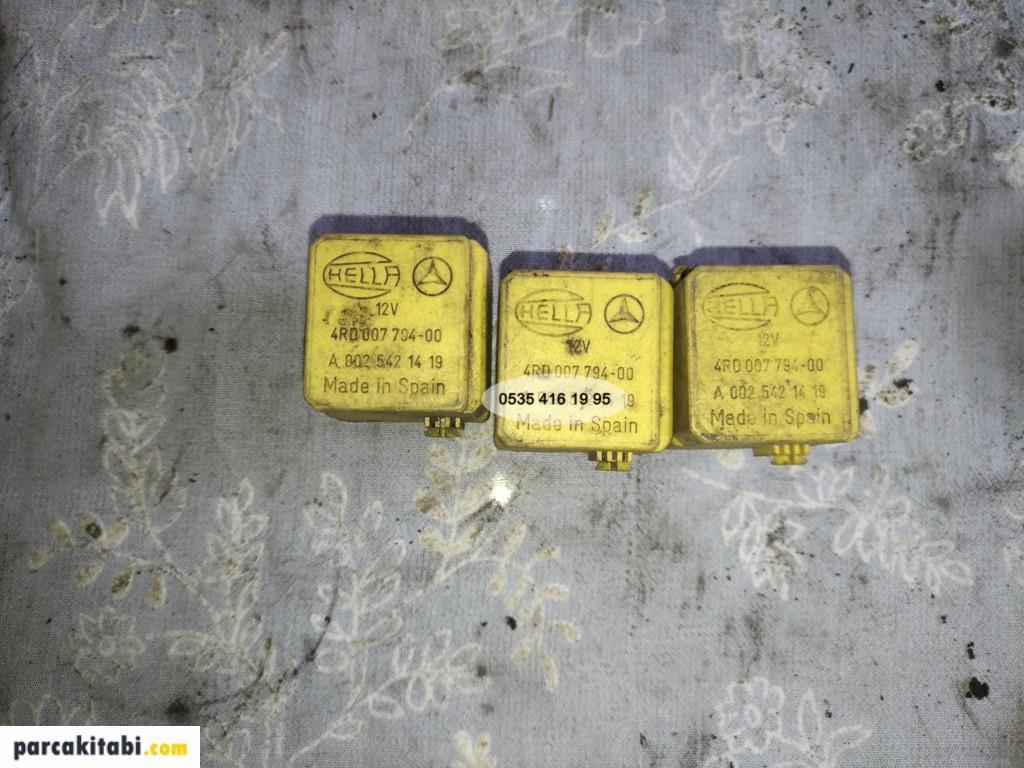 mercedes-w202-sari-role-002-542-14-19